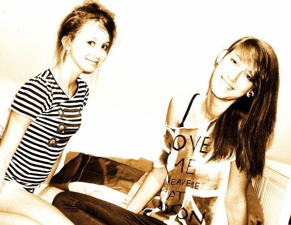 L'amitié double les joies et réduit de moitié les peines ♥
