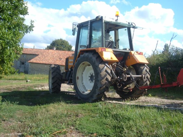 renault 103-54 tracfor plus cover-crop