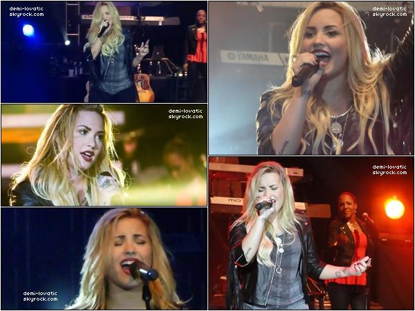 . 30/08/2012  : Demi Lovato a perfomé un concert à Washington. .