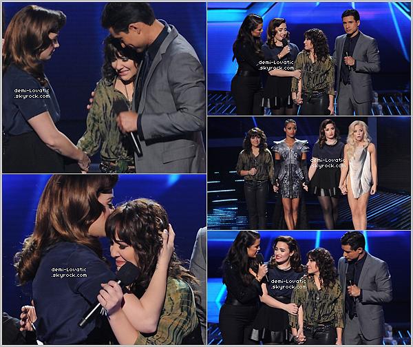 . 15/11/12 : Demi a assisté au sixième live show d' X-Factor U.S.A .  Voir le Live Show → Live Show