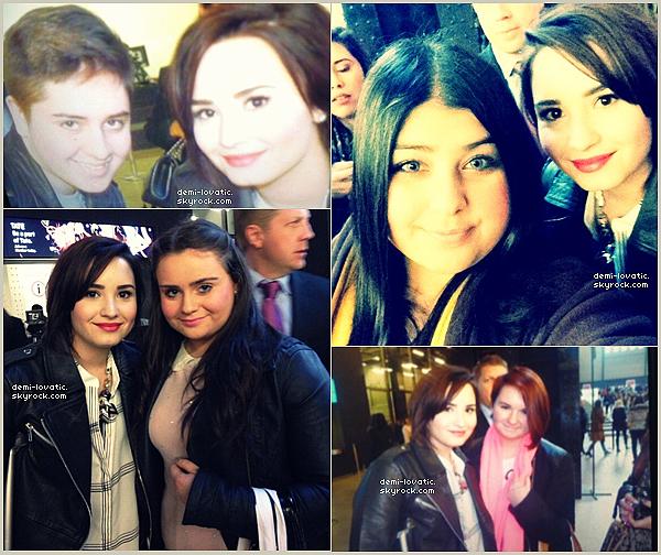 . 17/02/2013 : Demi Lovato à été au défilé TopShop . ( Londres ) . + photo avec des fans .
