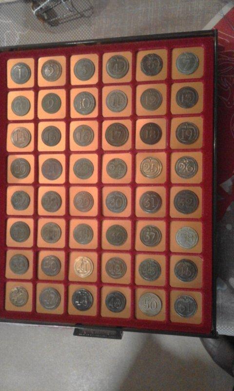voici une partie de collection du 1 empire de bouton Napoléoniens de mon ami ALEX.