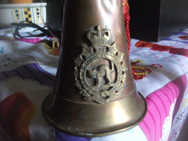 nouvelle rentrée,échange avec notre ami Dominique (Marquis )clairon du régiment l Ontario rcac ,corps blindé royal Canadien (chat,noir )