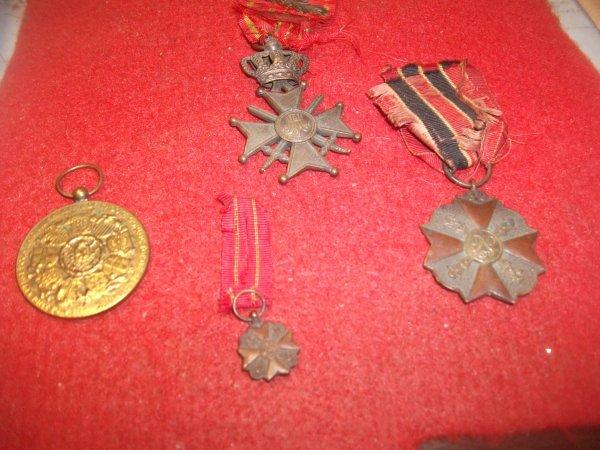 Médailles de mon grand-père décoration de 14-18