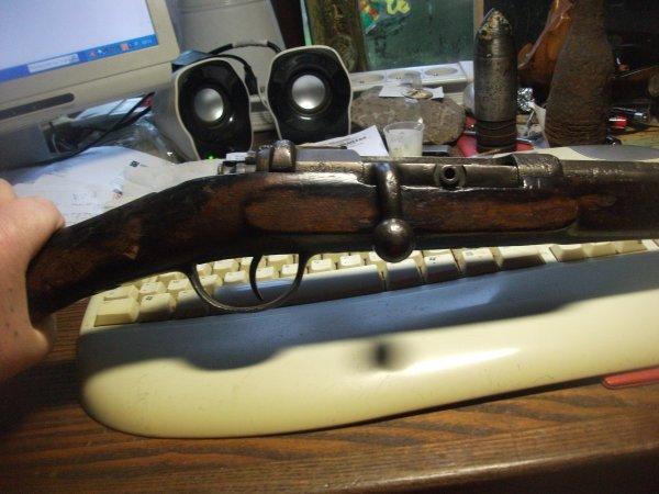 bonjour a tous ,rentrée du jour ,mauser M1871 farb/1881 ,de cavalerie transformer en cal/16 .super marquage .