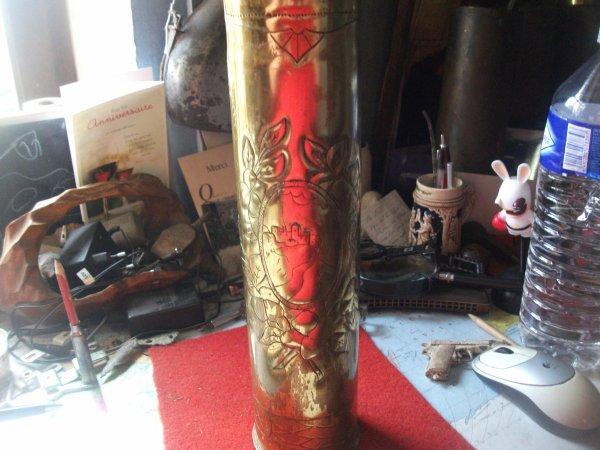 douille de 75 mm FR...artisanat mais fait mains par un poilu .