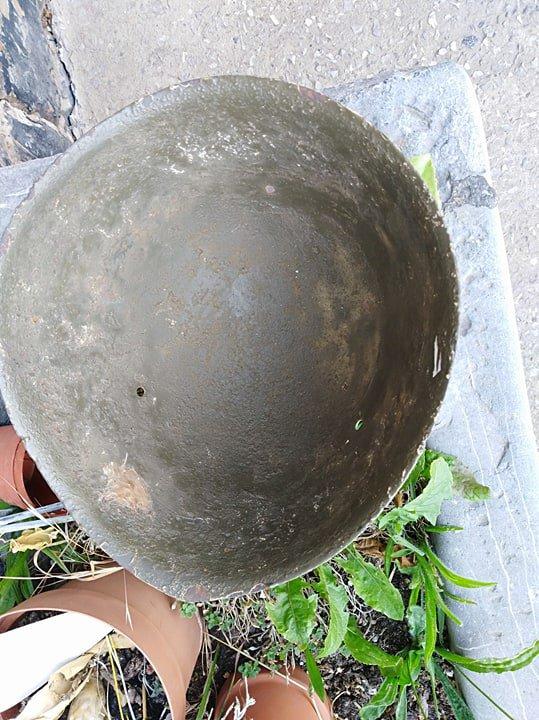 coque de casque   Italien M 933/47 ,fabriquer en 1933 et utiliser en 1935/37 jusqu à les année 70 ,