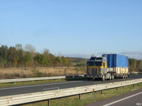 KENWORTH K100 DES TRANSPORTS FREDERICI (CH)