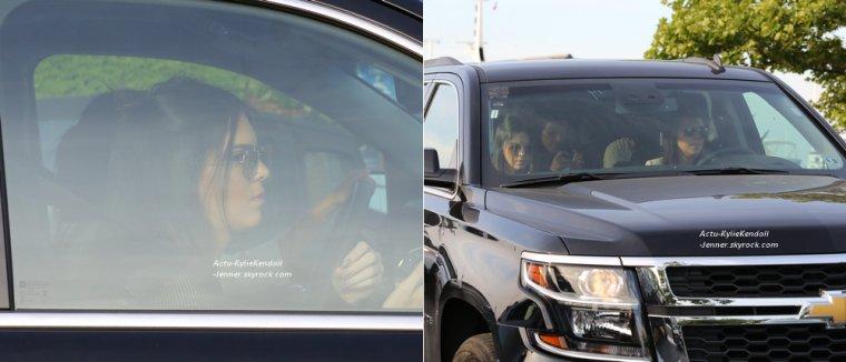 Kendall et Kylie, le 28 juin 2014, dans les Hamptons, avec leurs soeurs + Kendall et Kylie, le 28 juin 2014, à New York.