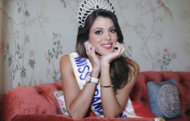 """Miss France 2016 : """"Je suis une fille des champs de betteraves et de maïs"""""""