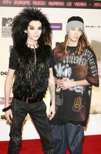 TOM AND  BILLLLLLLL