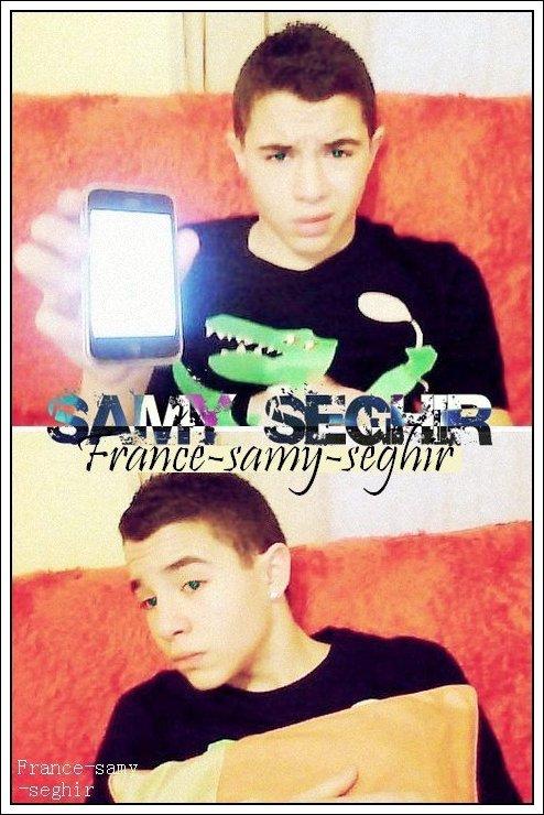 [29/01/11] Nouvelle Photo de Samy Seghir sur son canapet accompagner de son i-phone !