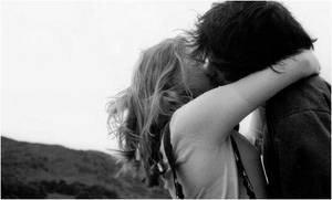 Car l'éclat de quelques heures de bonheur suffit parfois à rendre tolérable les désillusions et les saloperies que la vie ne manque pas de nous envoyer.