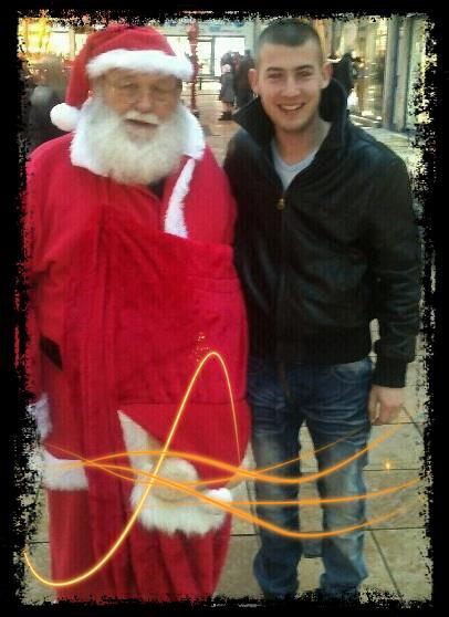 Parce que j'aime le Père Noel :)