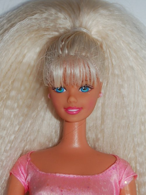 Barbie twirlin make up 1997