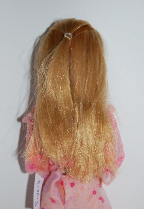 Barbie kissing 1978