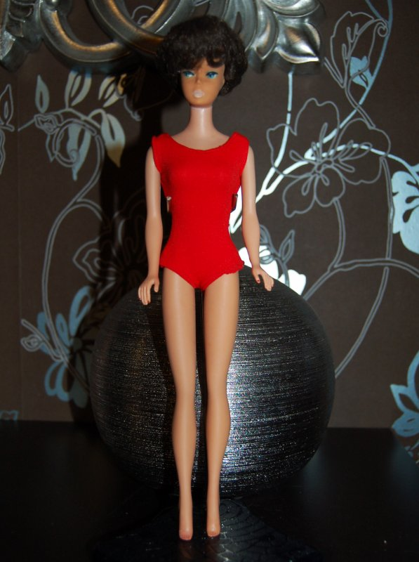 Barbie bubble cut brune 1961