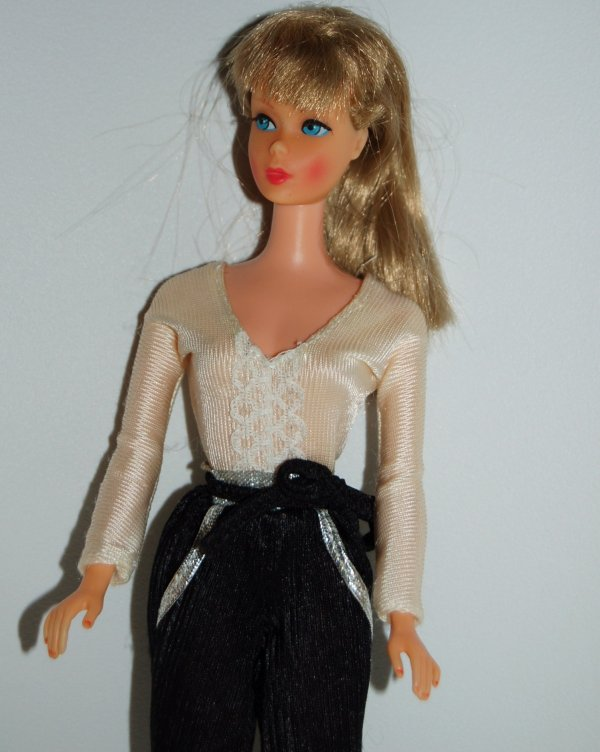 Tenue barbie fashion favorite  # 1935  1980