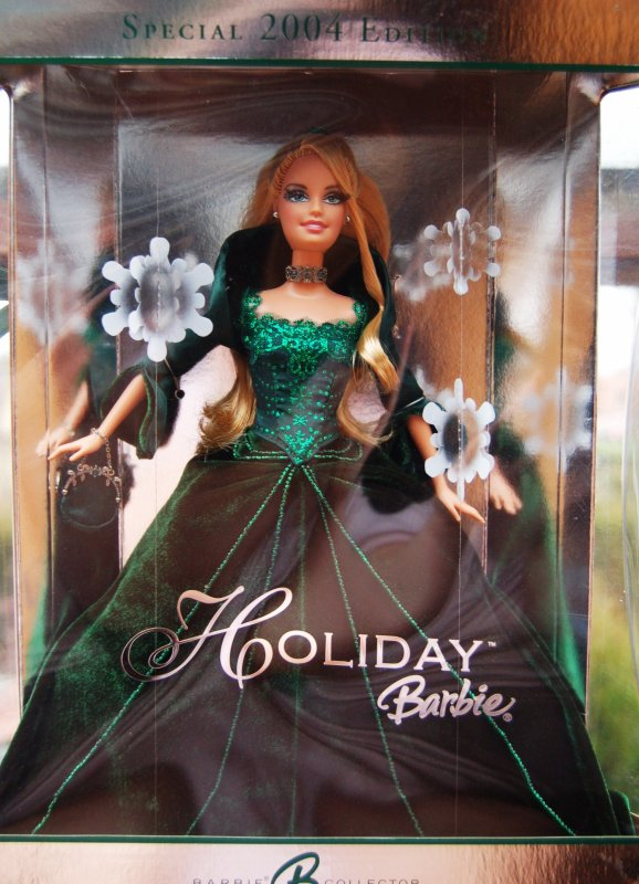 Barbie happy holidays 2004