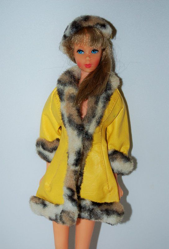 barbie tenue great coat  #1459  1970