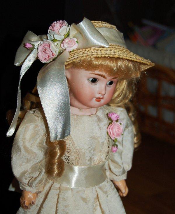 poupée fleischmann 50 cm