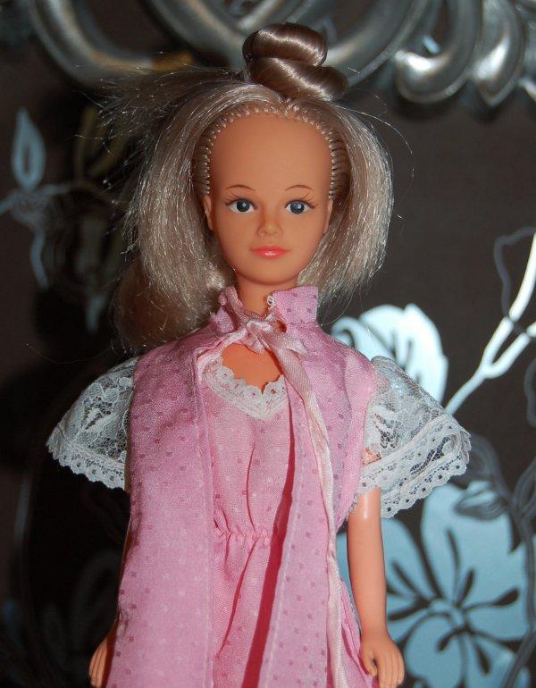 tressy tenue feminité 1980