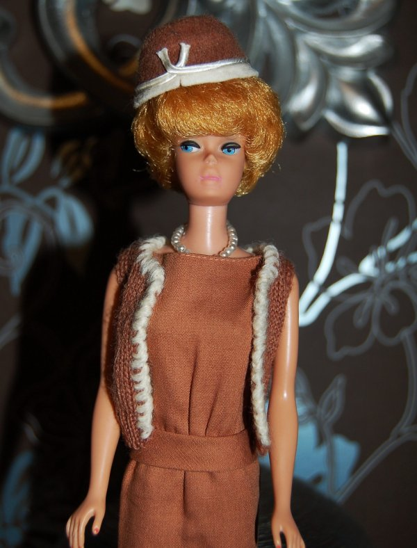 barbie tenue sorority meeting  #937  1962-63