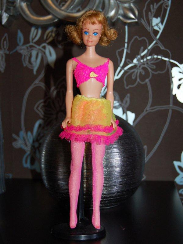 barbie tenue close ups  #1864  1969