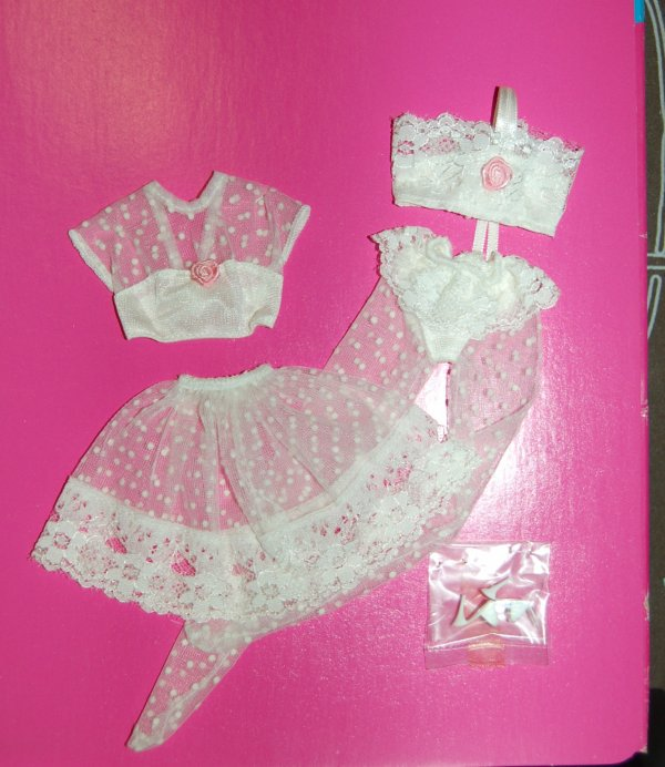 tenue barbie FA  1990
