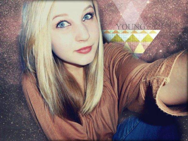Je marche la tête haute et le sourire aux lèvres, je ris de tout pour ne pas montrer ma peine..
