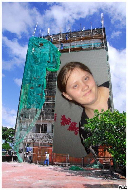 moi et la bache immeuble en travaux