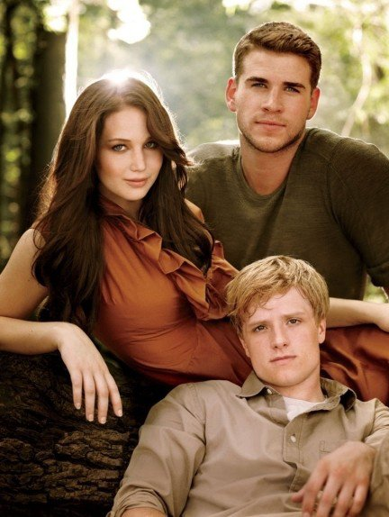 Hunger Games katniss,peeta et gale dans la forêt