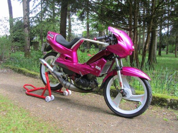 Le diamant rose de chez mbk NU70