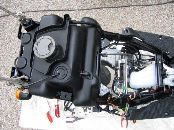 Nitro F1 assistance 98 5BS4