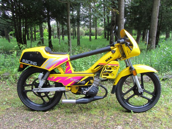 MBK 51 Magnum Racing phase 1 YC NN31 1995