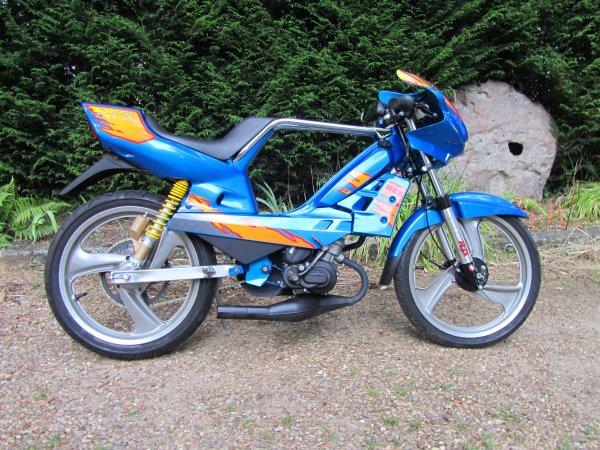 MBK 51 Magnum Racing XR Blue Fire 1996 NU60