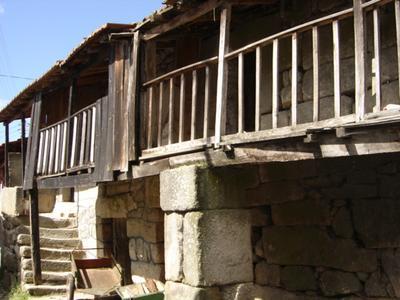 Antiga casa típica da região.