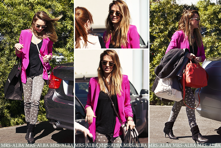 Jessica Alba se rendant aux bureaux de The Honest #JessicaAlba #TheHonestCompany
