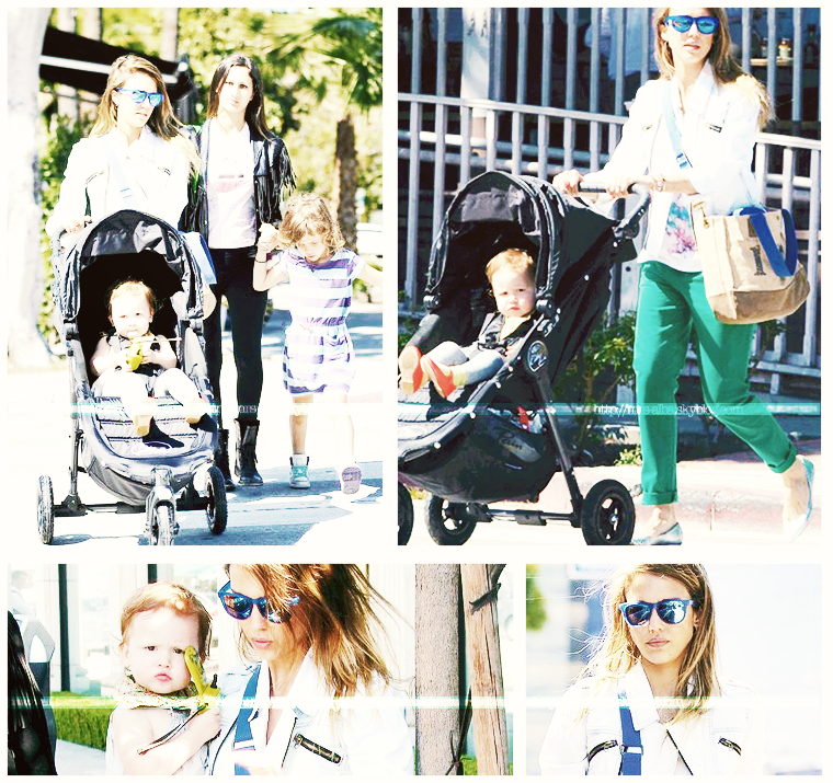 Jessica Alba de sortie avec ses filles #JessicaAlba #People #Fashion #Candids #Los Angeles