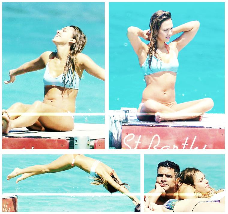 Jessica Alba en maillot de bain, plus que canon #JessicaAlba #People #Fashion #StBarts #Candids