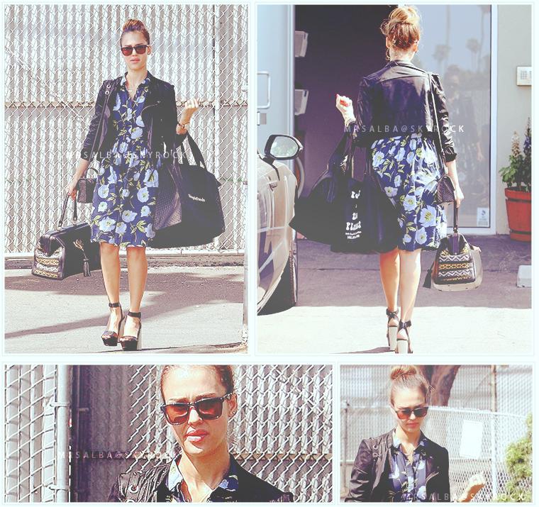 Jessica Alba arrivant à Honest #JessicaAlba #People @JessicaAlba #TheHonestCompany #Fashion