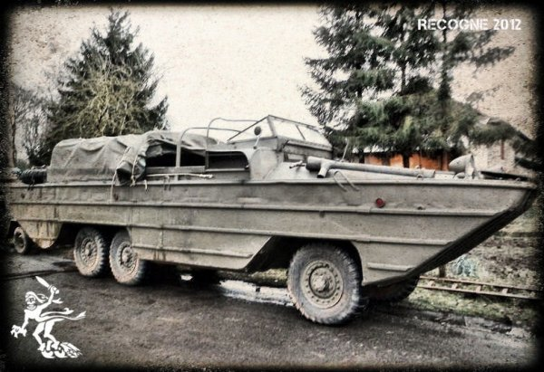 Recogne 2012 ... US dukw amphibious vehicle