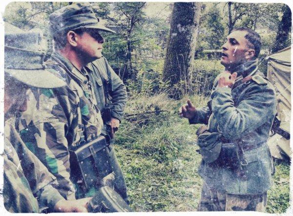 Blavosy 2012 ... A gauche, Hans (ddm-74) et Tony, alias Andreas, president des Fantomes de la 11eme Panzer