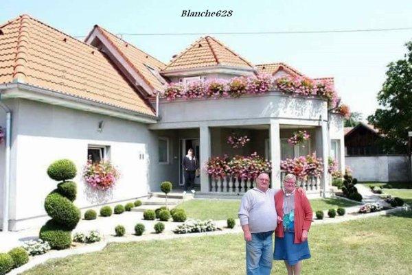 MERCI MON AMIE BLANCHE 628 ET MANON ET CAPUCINE 55500 ET LAFILLEQUEVOILA