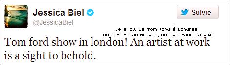 Le 18/02 : Jessica était présente au défilé de présentation de la collection pour femmes Tom Ford avec Justin à la Fashion Week 2013 de Londres J'adhère mais totalement à cette tenue! Elle est resplendissante et magnifique, toujours aussi épanouie aux côtés de son mari. Elle a des chaussures splendides, une jupe que je sur-kiffe complètement, un manteau d'une classe terrible. Pour les cheveux, j'adhère aussi, pourtant d'habitude j'aime pas quand elle se fait ça mais là j'aime beaucoup, c'est encore plus classe. C'est pire qu'un TOP tenue là c'est une révélation.