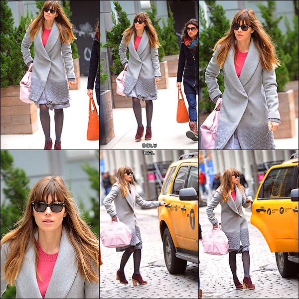 Le 02/03 : Jessica a été aperçue dans les rues de New York