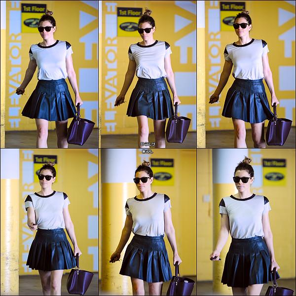 Le 17/09 : Jessica a été aperçue aux alentours d'un immeuble à West Hollywood, Los Angeles