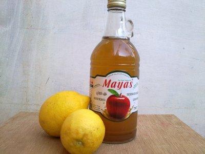 le vinaigre de pomme et de citron.