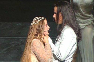 Roméo & Juliette 2001 : Aimer