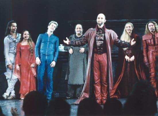 La troupe de Roméo & Juliette 2001